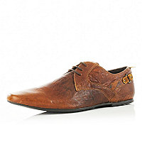 Light brown backstrap shoes