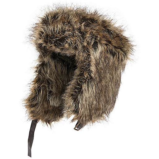 Grey faux fur trapper hat