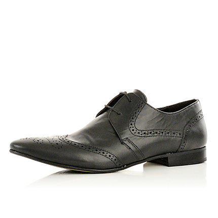 Black point brogues
