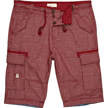 Red window check shorts