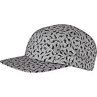 Grey zig zag five panel hat
