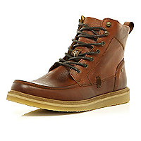 Tan Holloway Road heritage lace up boots