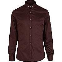 Red tie pin collar shirt