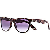 Brown camouflage frame retro sunglasses