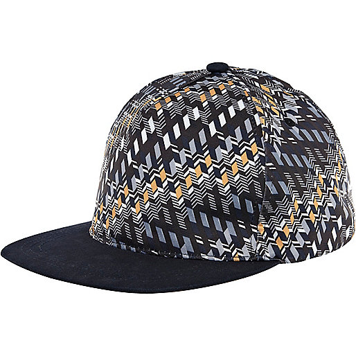 Black geometric print flatpeak hat