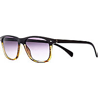 Black contrast retro sunglasses