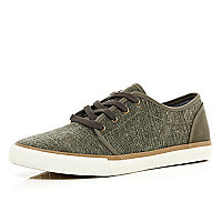 Brown contrast panel smart plimsolls