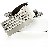 White stripe metal buckle belt