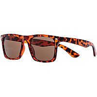 Brown tortoise shell matte retro sunglasses