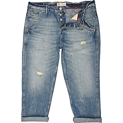 Light wash Larry cropped carrot jeans