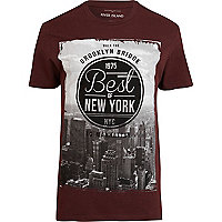 Red brooklyn bridge graphic print t-shirt