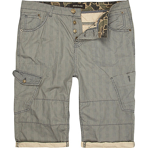 Grey patch pocket cropped cargo shorts