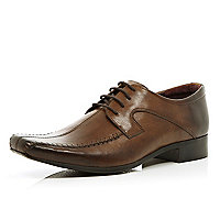 Brown stitched panel square toe lace up shoes