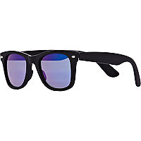 Blue matte tinted lens retro sunglasses