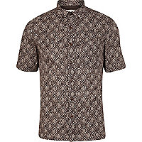 Brown printed short sleeve shirt