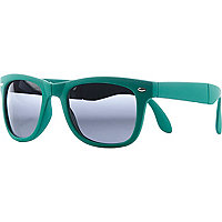 Blue foldable retro sunglasses