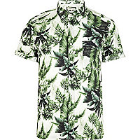Green leaf print short sleeve shirt