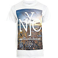 White NYC city scape print t-shirt