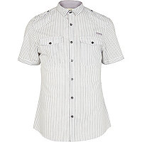 White stripe mini collar military shirt