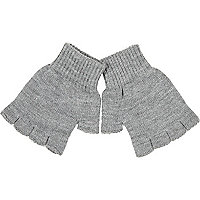Light grey knitted fingerless gloves