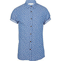 Blue fall print short sleeve shirt