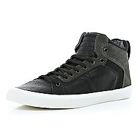 Black contrast panel high tops