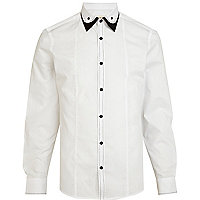 White contrast trim double collar shirt