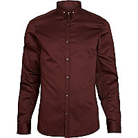 Red pin collar long sleeve shirt
