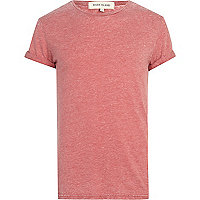 Red burnout roll sleeve t-shirt