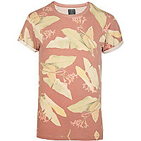 Red Holloway Road leaf print t-shirt