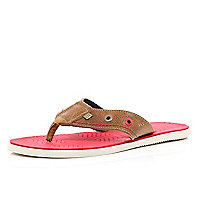 Brown contrast sole flip flops