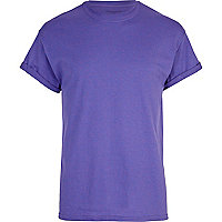Purple crew neck roll sleeve t-shirt