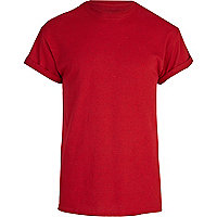 Red crew neck roll sleeve t-shirt