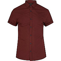 Dark red short sleeve poplin shirt