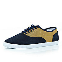 Navy mesh panel lace up plimsolls