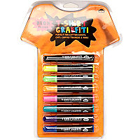 Neon t-shirt graffiti pens