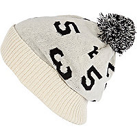White number pattern beanie hat