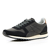 Navy colour block streamline trainers