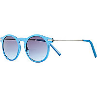 Blue round retro sunglasses