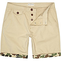 Stone Bellfield camo turn up shorts