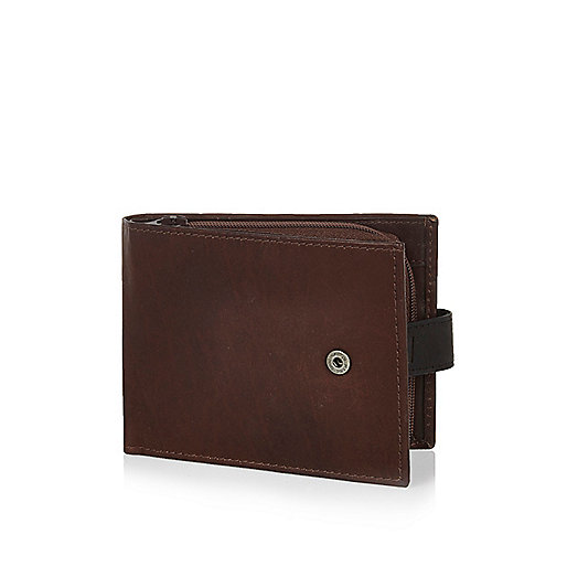 Brown RI fold over wallet