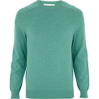 Green raglan sleeve jumper