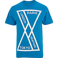 Blue geometric city print t-shirt