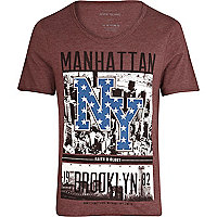 Red Manhattan NY scoop neck t-shirt