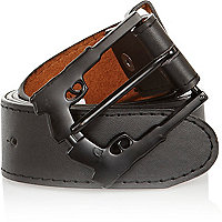 Black double pistol buckle belt