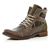 Brown check panel boots