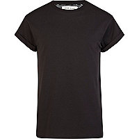 Black roll sleeve crew neck t-shirt