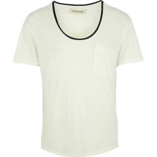 White leather-look trim low scoop t-shirt
