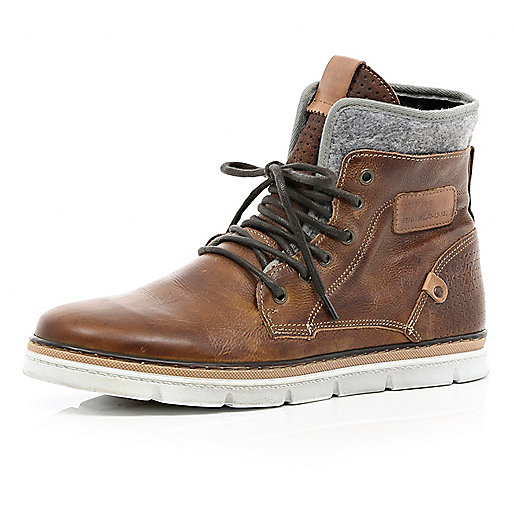 Brown contrast panel chunky sole boots