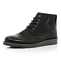 Black contrast panel brogue boots